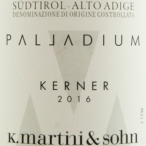 italiaanse-witte-wijn-kerner-alto-adige-martini